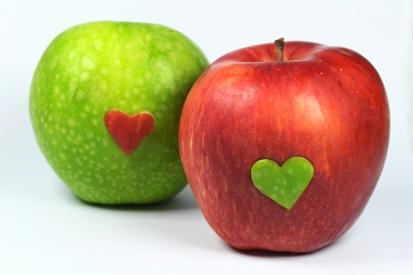 Apples in love 2