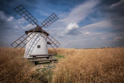 Baler's windmill