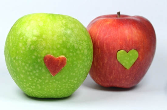 Apples in love 1
